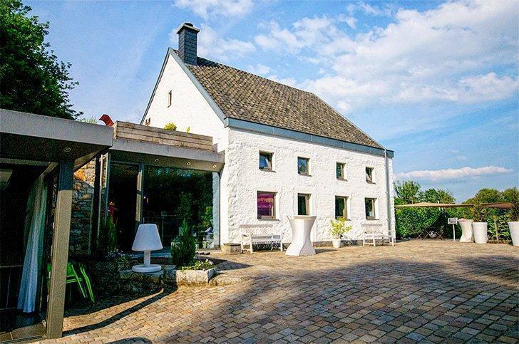 Located near Val-Dieu, Aux Berges de la Belle is one of our favourite small hotels in Liege Belgium