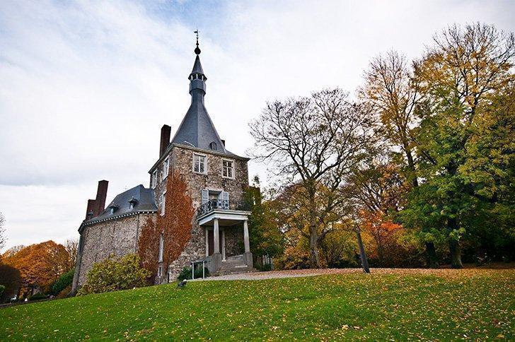 The Chateau de Waroux is a unique round castle in Liege Belgium
