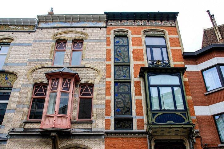 Art Nouveau neighbours in Ixelles - Blérot 46