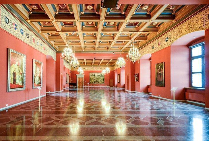 The grand interior of the Palace of the Grand Dukes of Lithuania