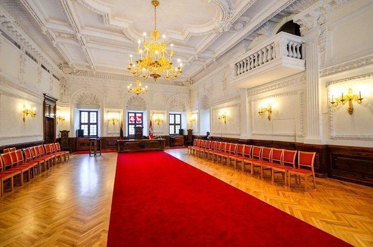 The interior of Kaunas Town Hall, also called the White Swan.