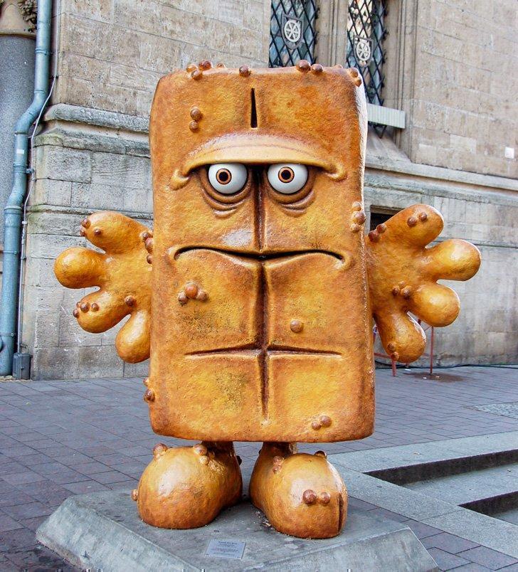 Take a fun selfie with Bernd das Brot.