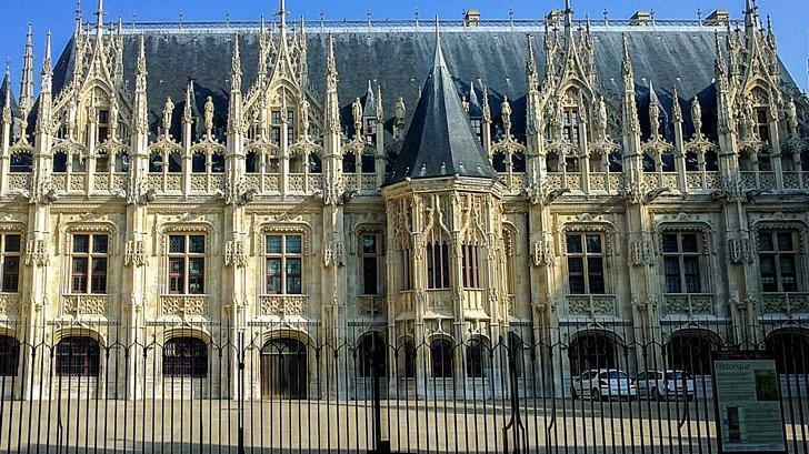 Rouen France things to do - Palais de Justice