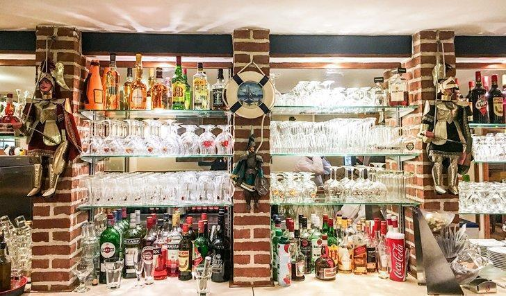 A well-stocked bar at La Barchetta in Stockel, Brussels.
