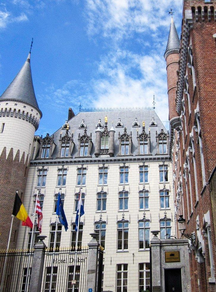 The stunning Prinsenhof Hotel in Bruges, Belgium