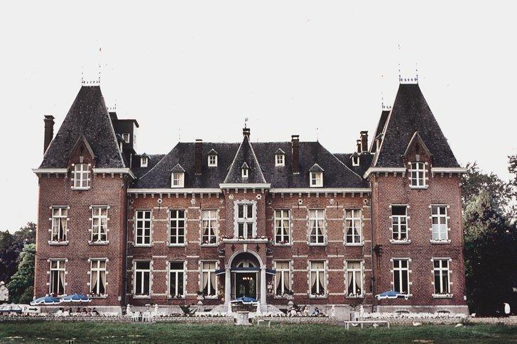 Gravenhof Castle hotel in Dworp, Belgium