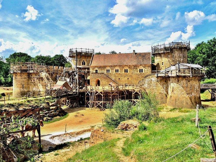 Guedelon Castle is still being constructed as it would have been in medieval times. Visiting this incredible site is one of the best things to do in Burgundy.