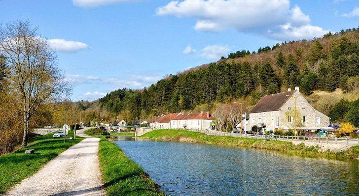 Explore pretty French villages like Veuvey sur Ouche along the canal of Bourgogne, France