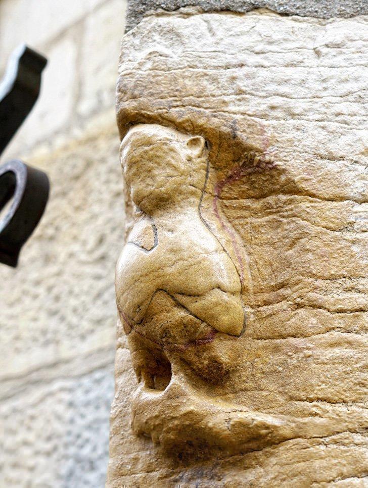 Tour Dijon while you search for the city's famous owl by following the Parcours de la Chouette