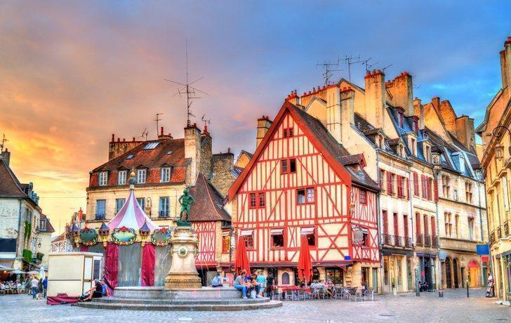 Wondering where to stay in Dijon? Here are some of the best hotels in Dijon, France.
