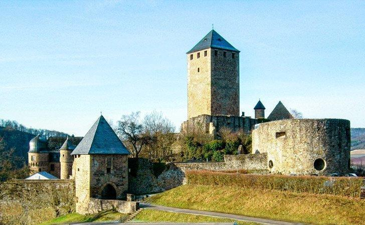 Burg Lichtenberg is one of the places to visit near ramstein germany